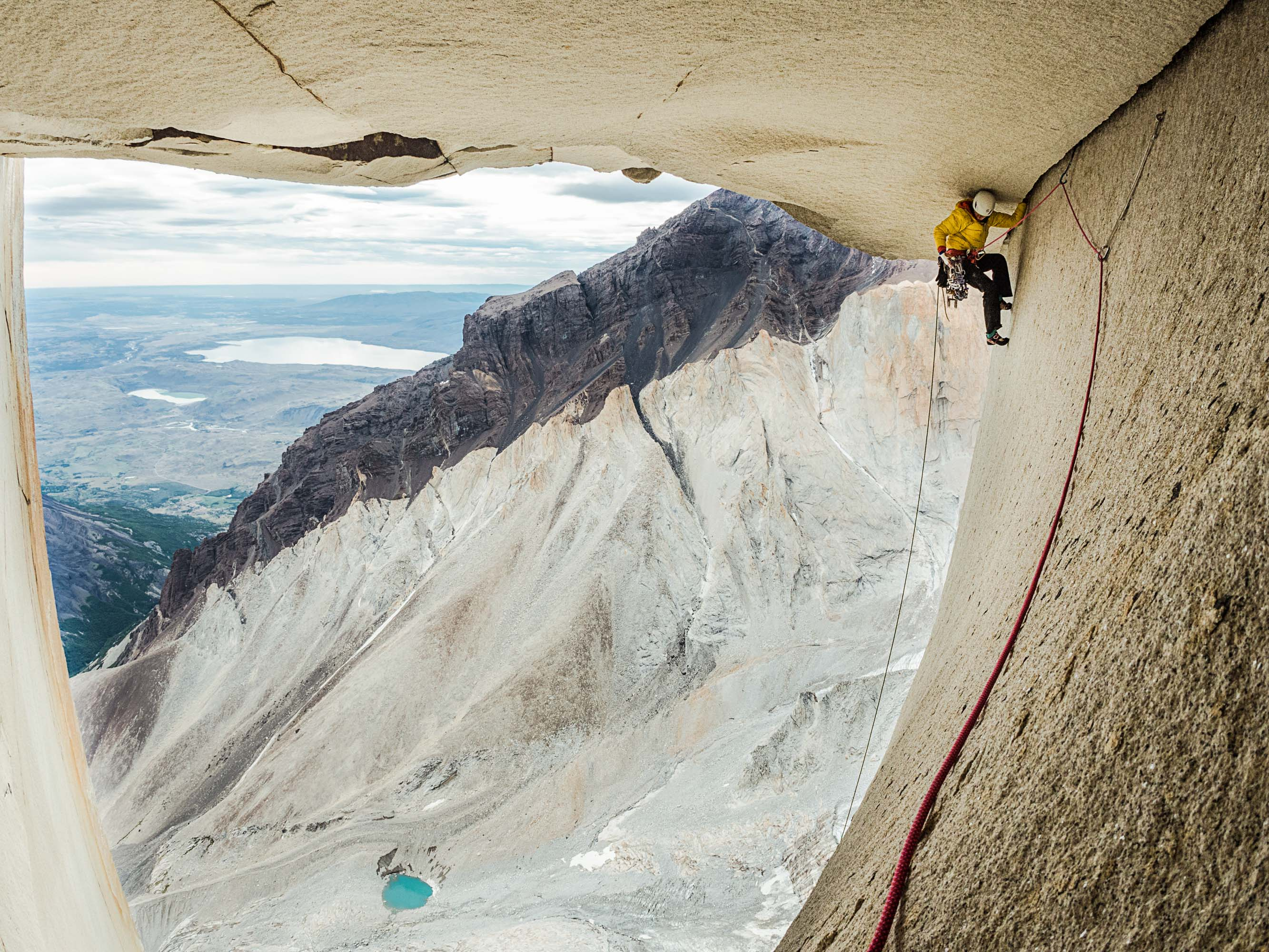 """Ines Papert climbing """"The Rosendach"""" pitch 27 of the route Riders on the storm in Torres del Paine. PHOTO: THOMAS SENF"""