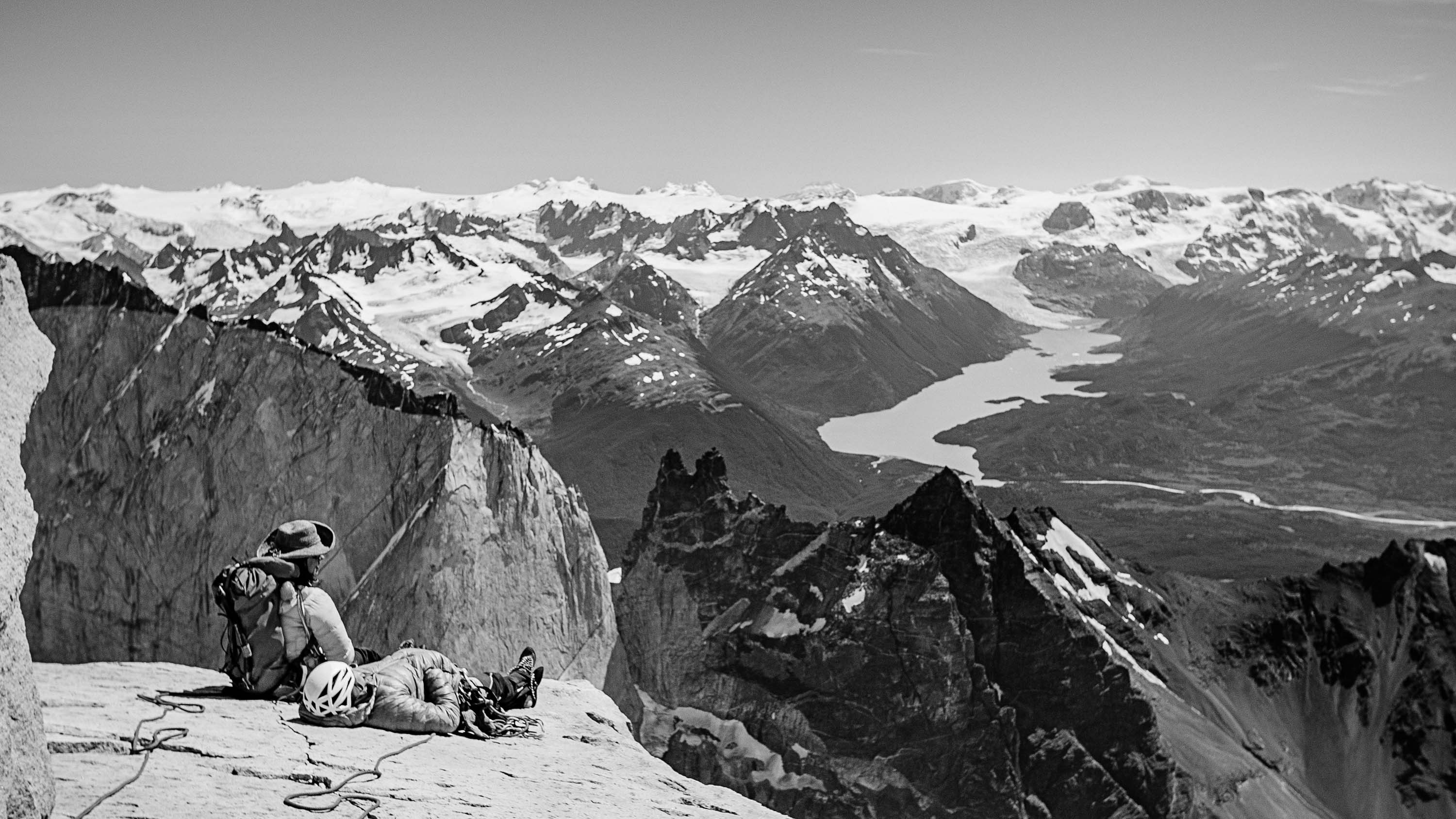 Ines Papert and Mayan Smith-Gobat on top of Torre Central after their climb of the route riders on the storm. PHOTO: THOMAS SENF